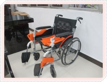 服務台輪椅